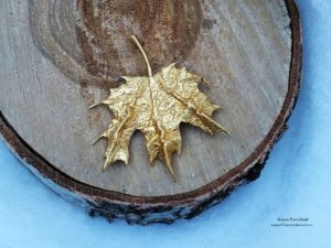 кленовый листик